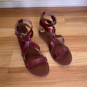 NEW Genuine Leather Strappy Sandals Flats 9